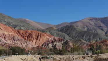 002 Felsen bei Purmamarca