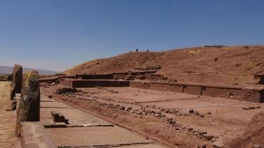007-ruinas-tiahuanaco-piramide-akapana