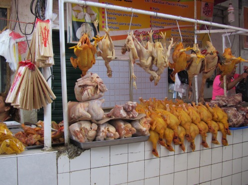 002-pollos-am-mercado