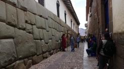 003-palastmauer-inca-roca