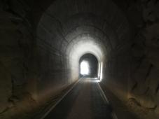003-tunnel-im-canon-del-pato