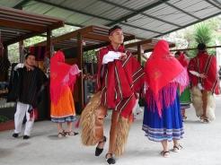 005-traditionelle-tanze