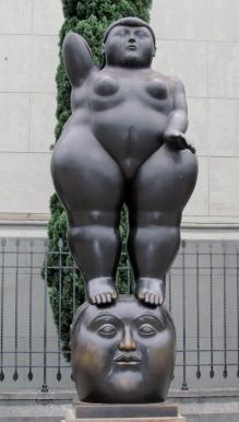008 Plaza de las Esculturas Botero