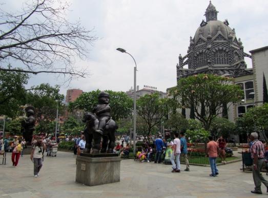 009 Plaza de las Esculturas Botero