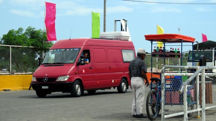 001 vor Fähre nach Ometepe