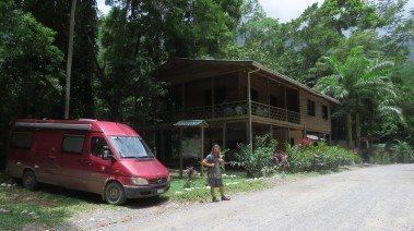 001 Centro de Visitantes PN Pico Bonito