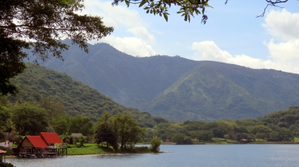 002 Lago Coatepeque