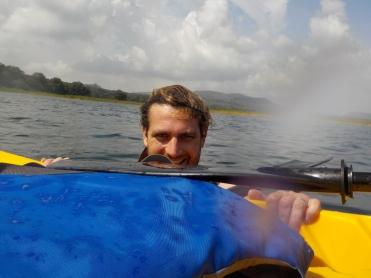 004 mit dem Kajak auf dem Lago Yojoa