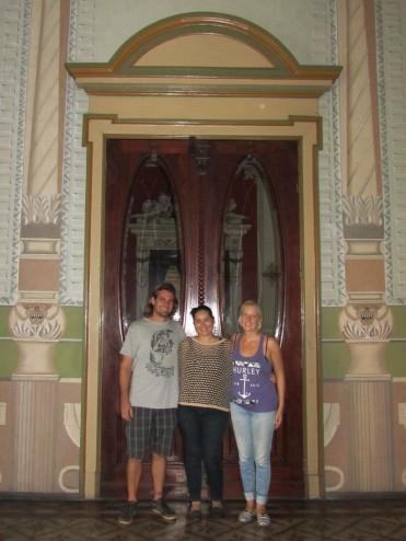005 mit Jessica im Palacio Nacional