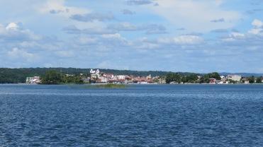 001 Isla Flores