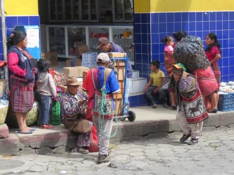 001 Mercado Chichi