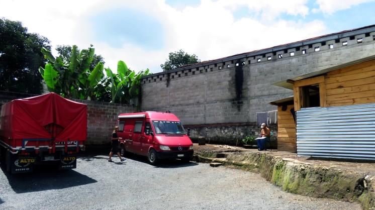 001 Parquedero in Cobán