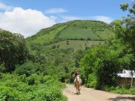 002 unterwegs zum Vulkan Ipala