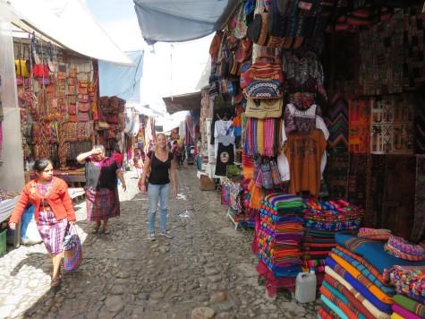 003 Mercado Chichi