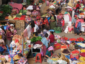 006 Mercado Zunil