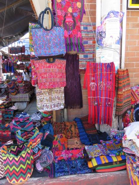 010 Mercado Chichi