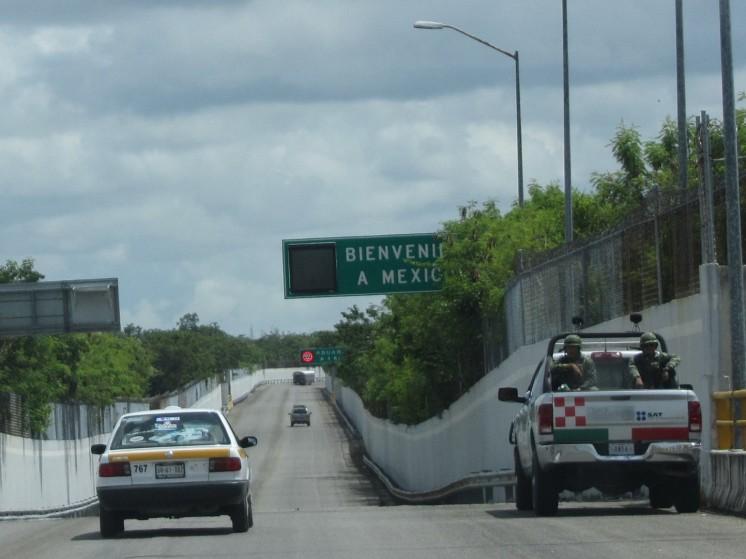 003 Frontera a México