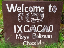 007 Ixcacao Maya Belize Chocolate