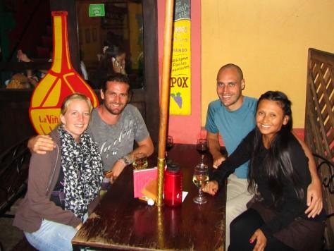 001 Mit Fabi & Seb Tapas-Bar Viña de Bacco