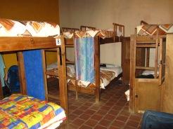 003 Hostel Rossco