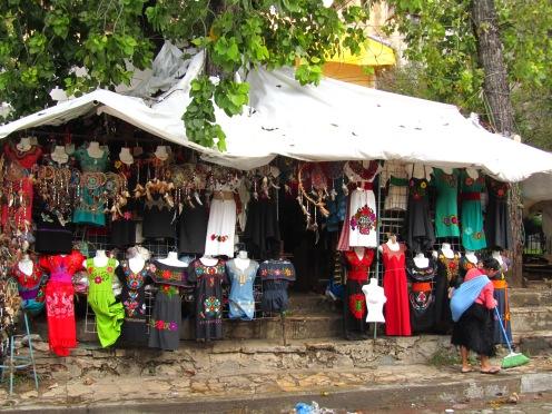 003 Mercado de Artesanias San Cris