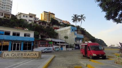 001 La Quebrada