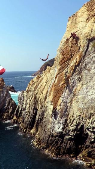 003 Klippenspringer von Acapulco